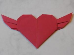 serduszko-ze-skrzydelkami